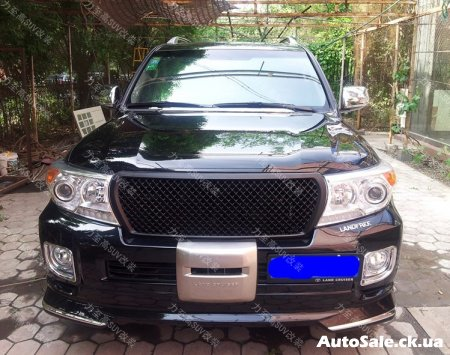 Решётка радиатора для Toyota Land Cruiser LC200 в стиле Bentley